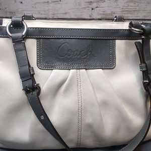 Coach Bag/ Pleated Eastwest Gallery Leather Tote